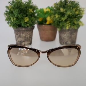 GUCCI sunglasses with velvet hard case